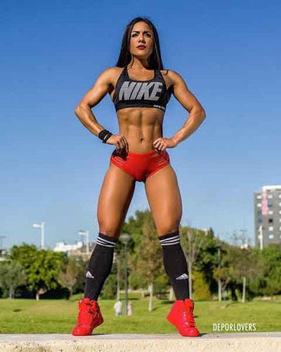 Female X-Treme women with muscles. Russian extreme street workout.